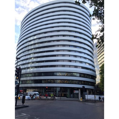 DAVIES LAING & DICK COLLEGE (DLD) LONDON